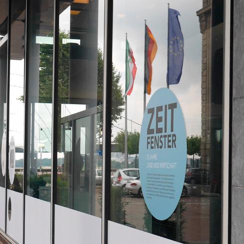 Ausstellung Zeitfenster im Wirtschaftsministerium NRW